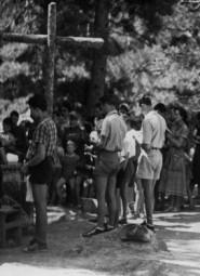 Messe célébrée dans la vallée de la Restonica à Tragone pour l'Abbé Casanova - Août 1955 (Copier)