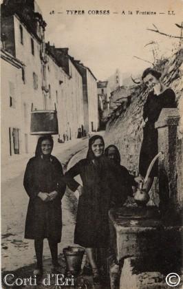Femmes à la fontaine - A Funtanella (Copier)