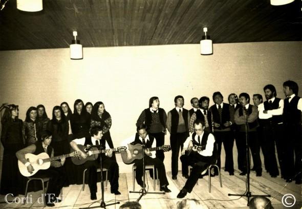 A Mannella CFPA de Corté - 1975 - tony michelsen- jacques lucciani (fils) - antoine casanova - jean baptiste pulicani (guitares) (Copier)