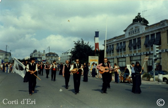 Festival international de folcklore de Saintes en juillet 1979 (Copier)
